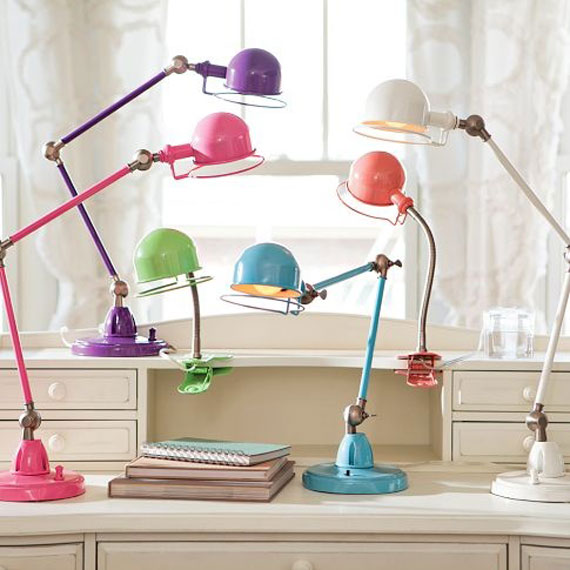d19 Efficient and well-designed desk lamps to illuminate your interiors