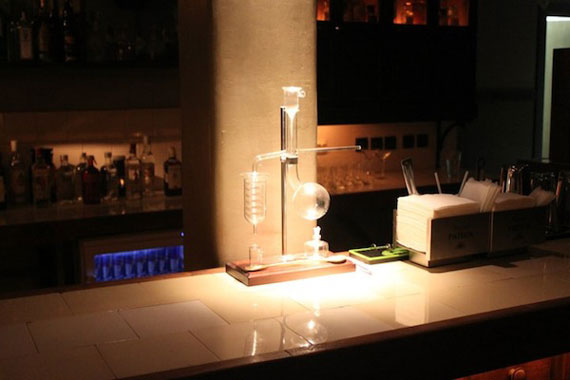 c10 An interesting pub concept: the cocktail laboratory
