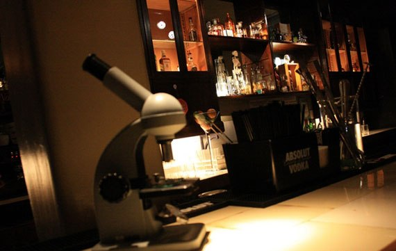 c17 An interesting pub concept: the cocktail laboratory
