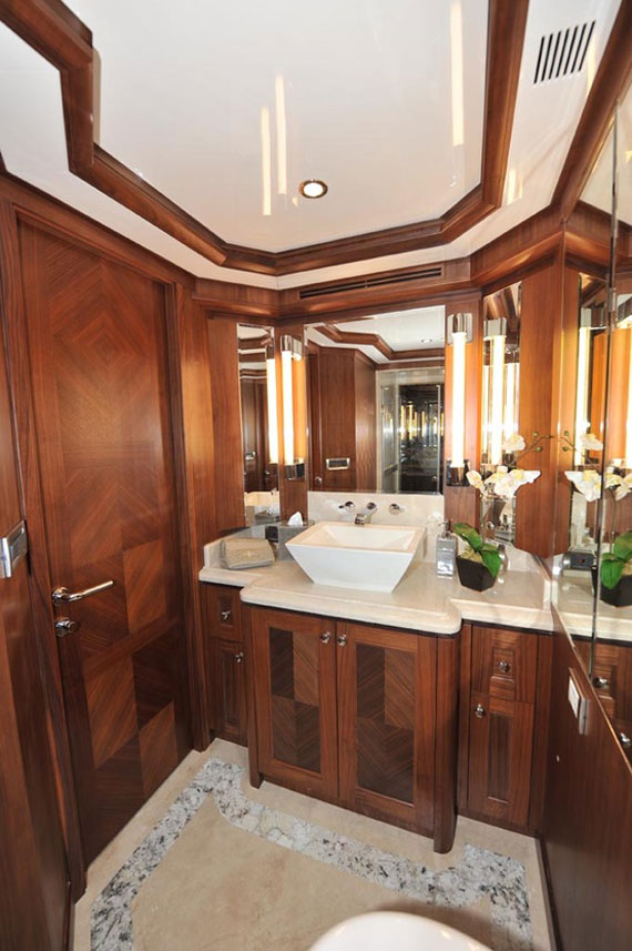 y32 Glamorous Yacht Interior Design Examples That Will Amaze You