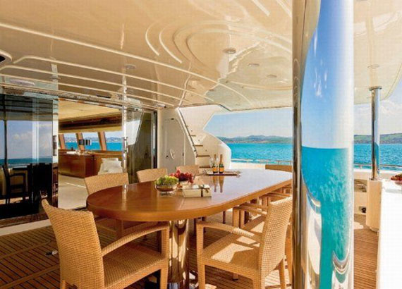y35 Glamorous Yacht Interior Design Examples That Will Amaze You