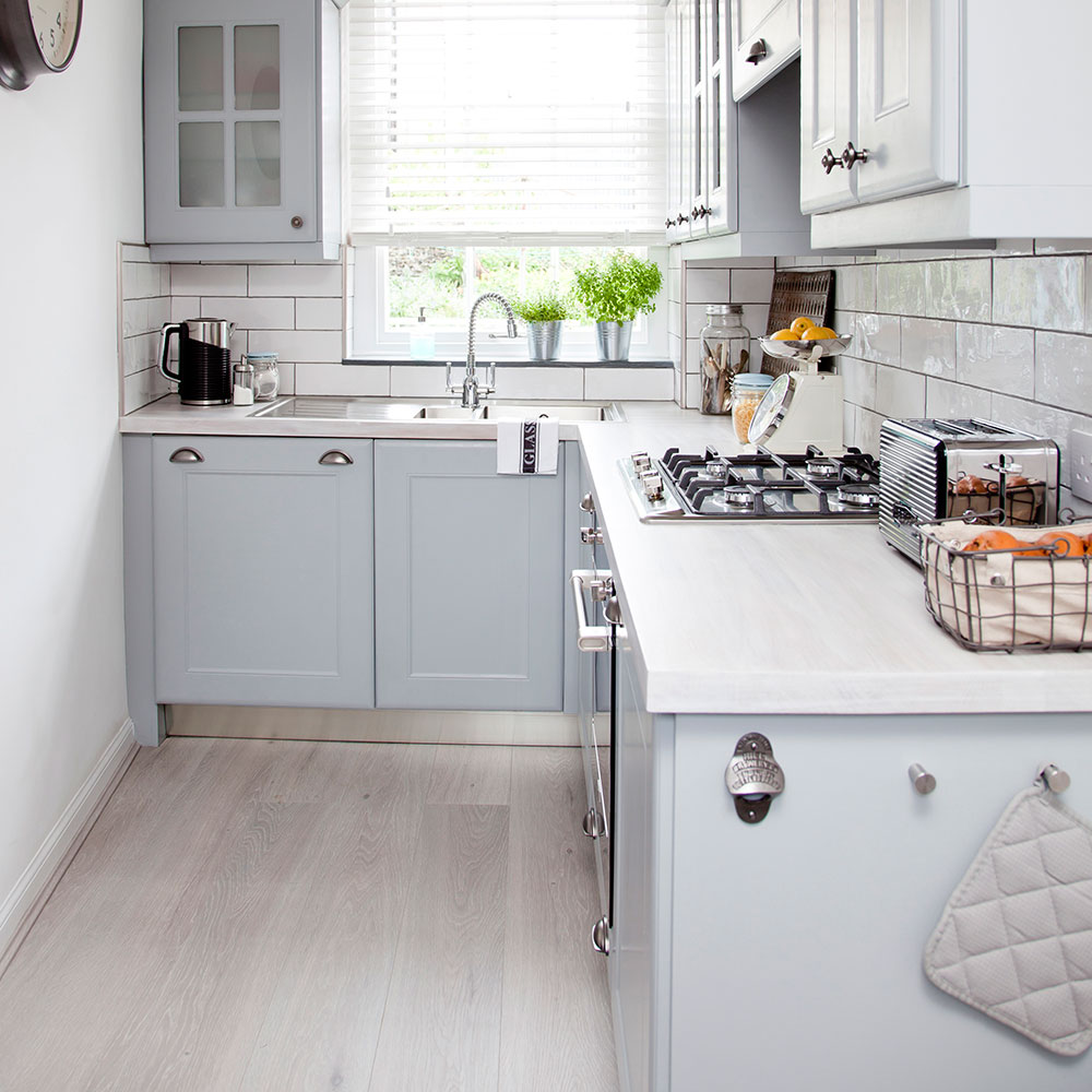 LO2774PW-012 A Beginner's Guide to Kitchen Tile Picking