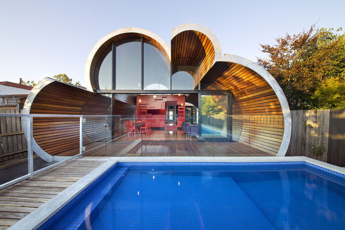 70388074779 Architecture that stands out - buildings with interesting shapes