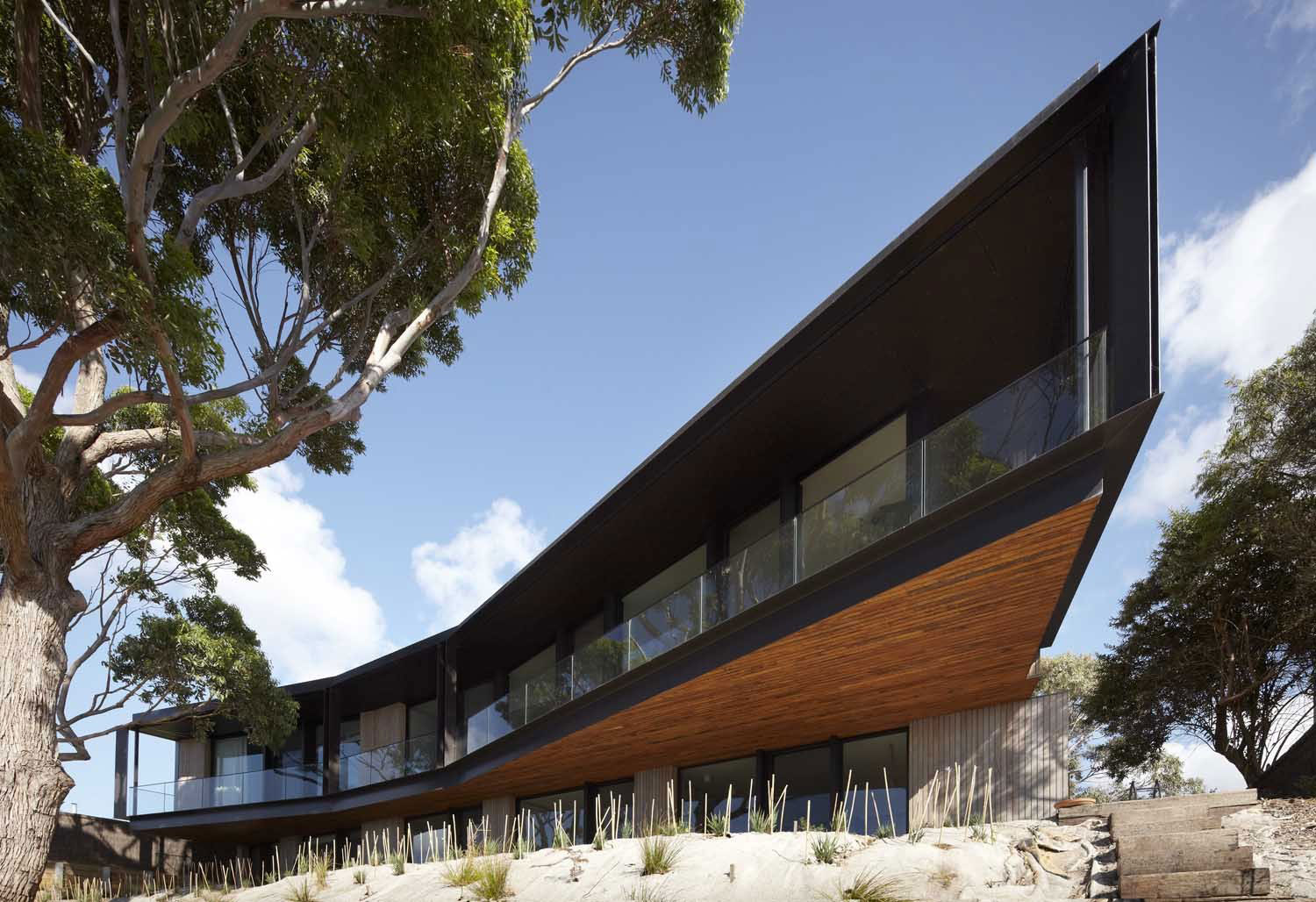 Bluff-House-by-Inarc-Architects Australian architecture and some beautiful houses to inspire you