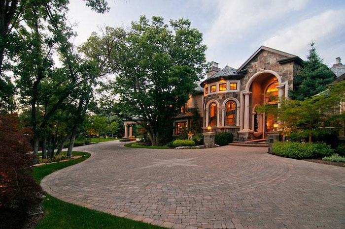 84912503922 Beautiful mansion with traditional interior design - Holladay Estate