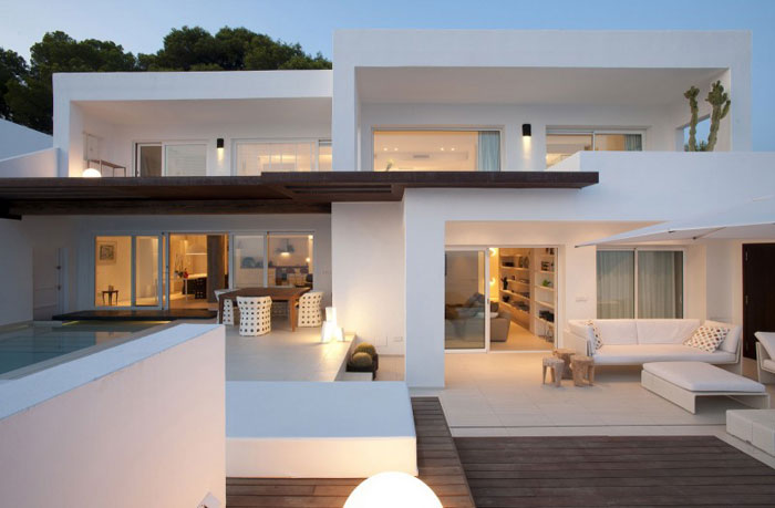 69685782002 Clean and simple Dupli Dos house designed by Juma Architects