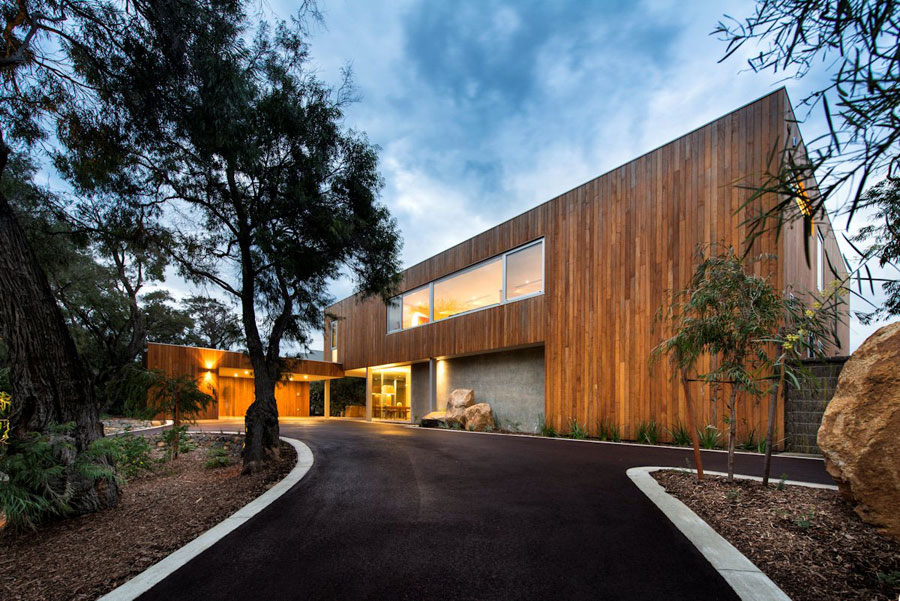1 Contemporary Masterpiece Eagle Bay Residence Designed by Paul Jones
