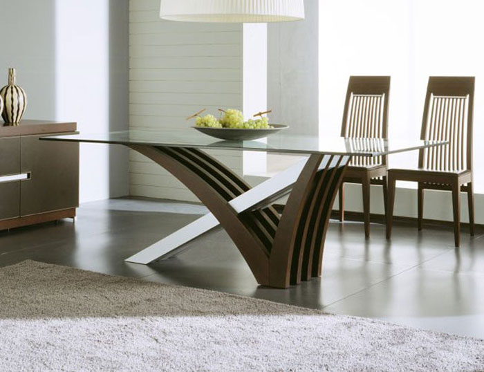67958749933 Glass dining tables to add a contemporary touch to your interior