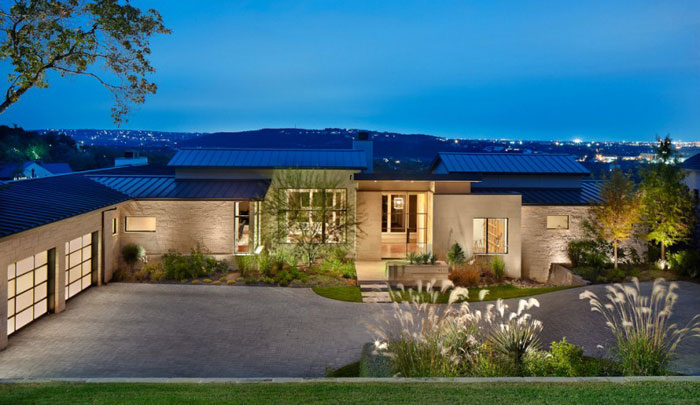 74716334830 House on the hill with impressive interiors By James D LaRue Architecture Design