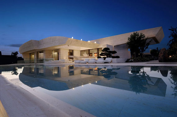 m1 house with marble exterior designed by A-Cero in Pozuelo de Alarcón, Madrid