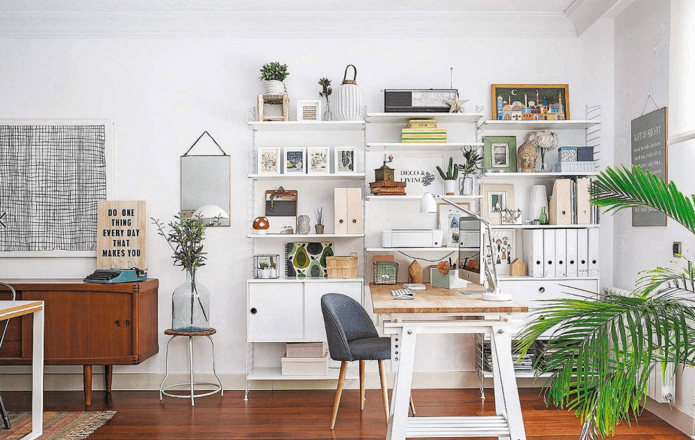 25-home-office-ideas-freshome25 How can students design their workplace on a limited budget?