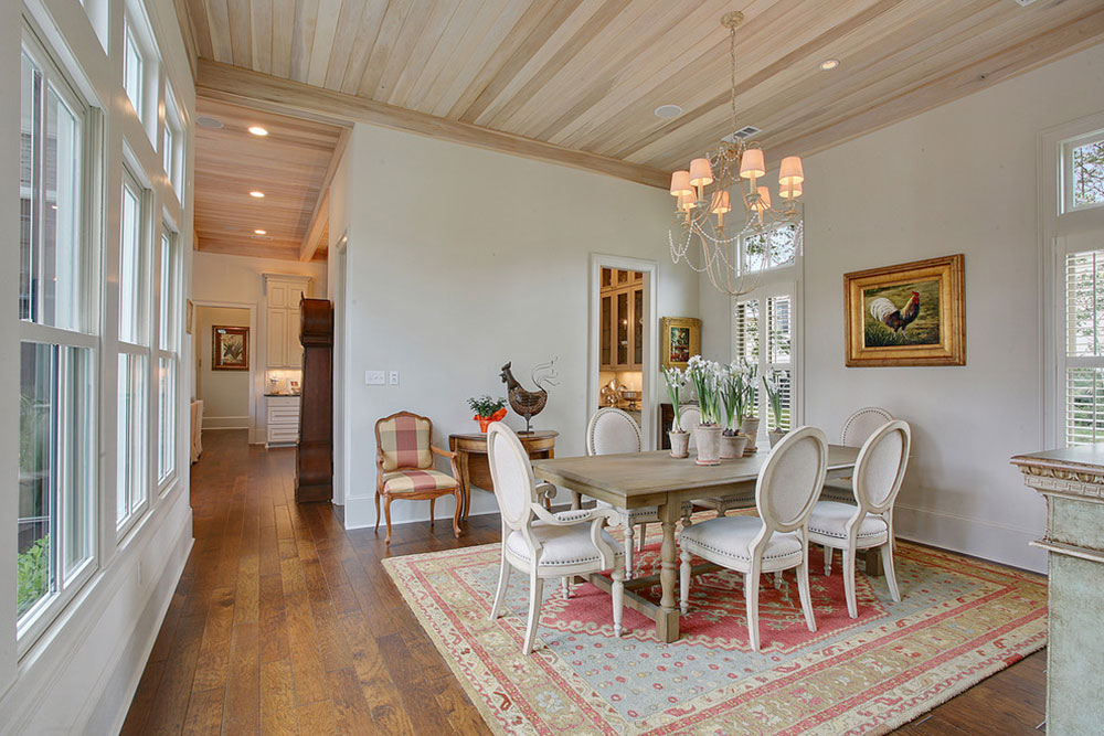 How to decorate with antique carpets7 How to decorate with antique carpets