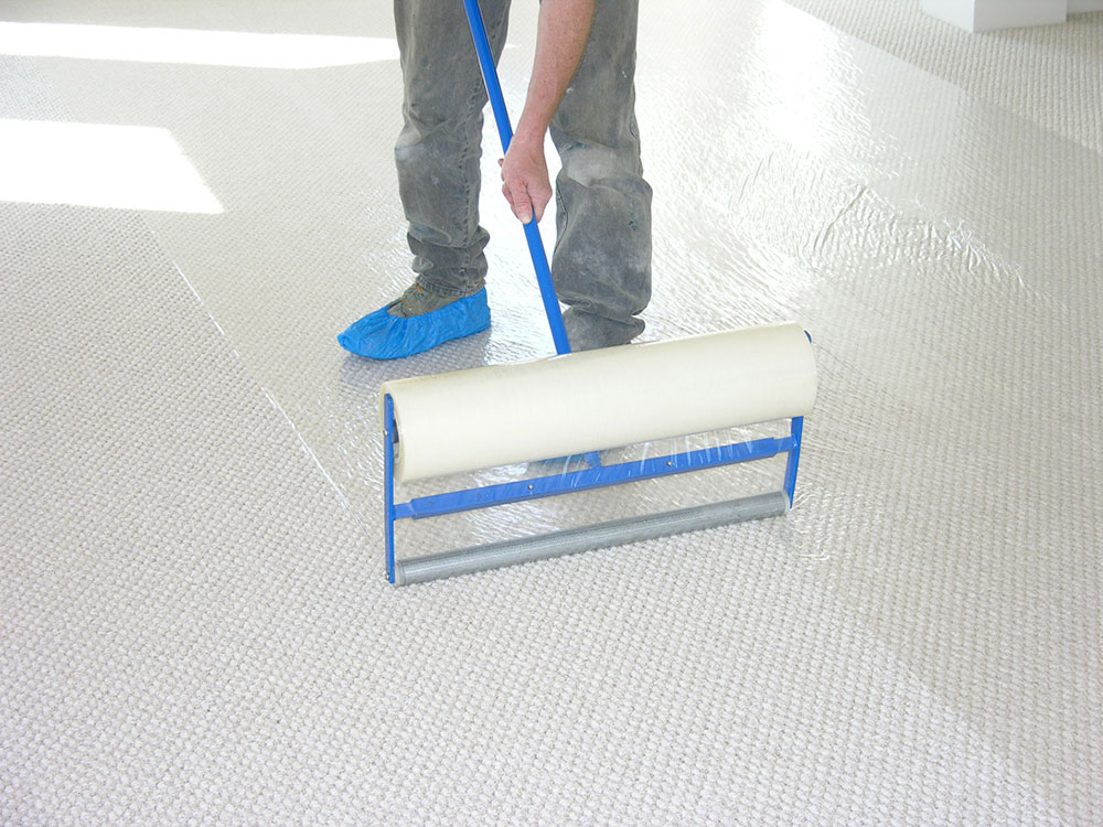 Carpet protection dispenser How to protect floors during renovation work