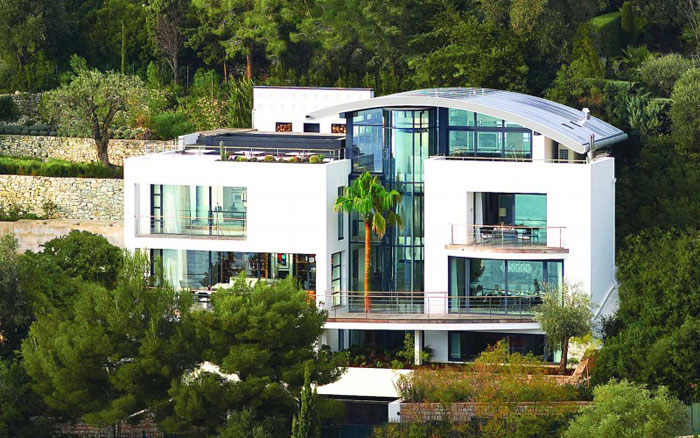 82284396854 Luxurious oceanfront villa with spectacular views