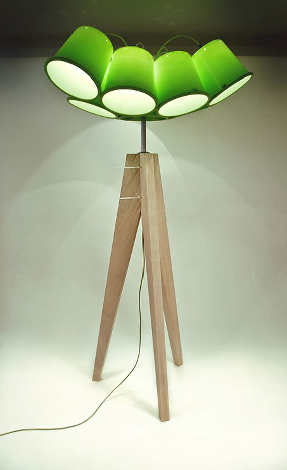 q1 Modern and vintage floor lamp designs to decorate and light up your rooms