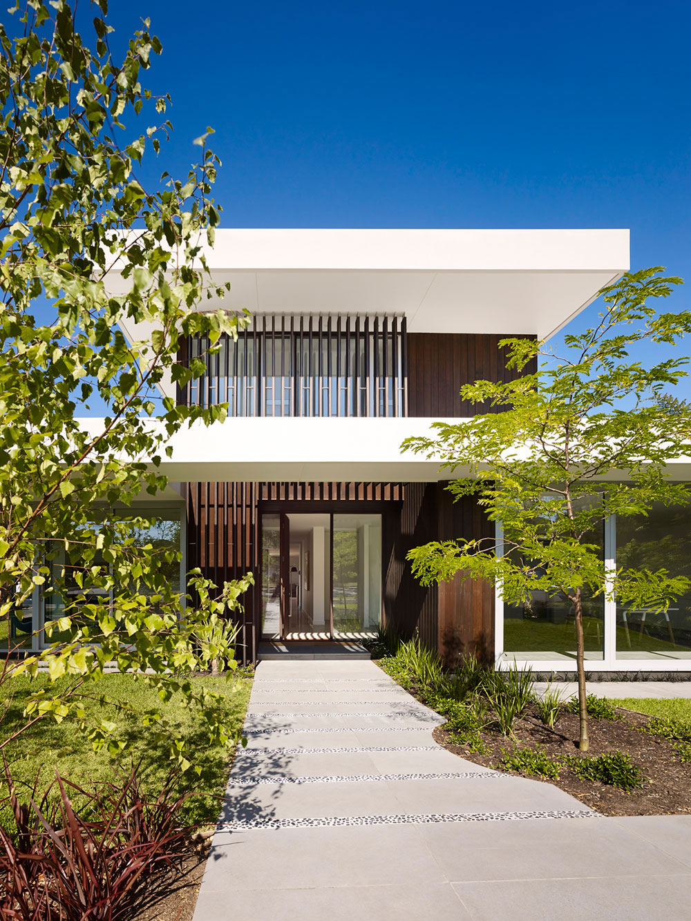 Modern house that is beautiful 1 Modern house that is beautiful both outside and inside