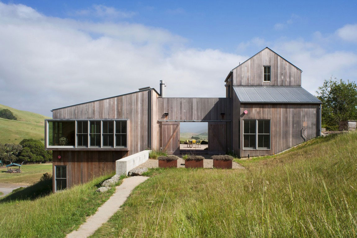 Modern ranch house designed by Turnbull-Griffin-Haesloop-Architects-1 Modern ranch house designed by Turnbull Griffin Haesloop Architects