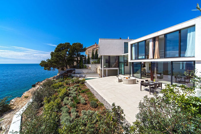 73736371625 The exquisite Golden Rays Villa in Croatia on the Adriatic Sea