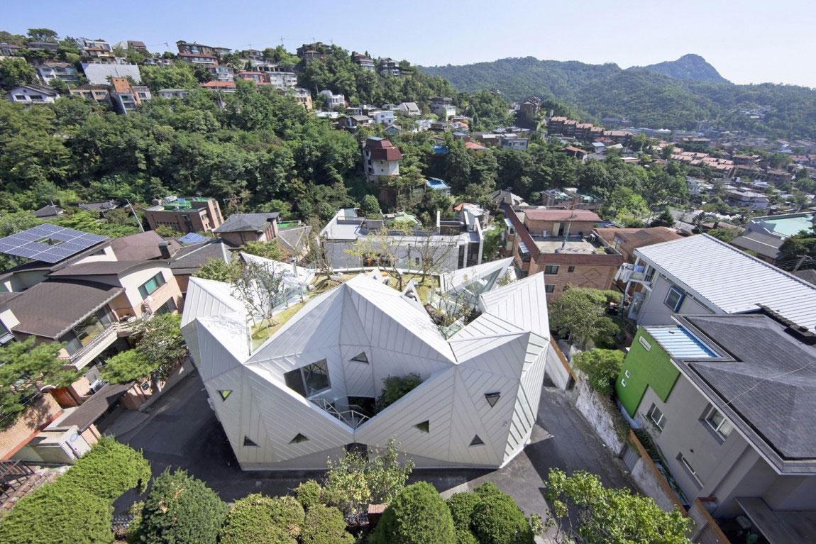 The modern Hwa Hun House, designed by IROJE-KHM-Architekten-1 The modern Hwa Hun House, designed by IROJE KHM Architects