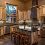 Don't avoid rustic kitchen decorations