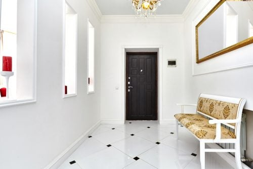 Hallway wall decor ideas for your comfortable home