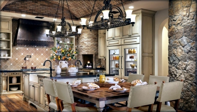 Ideas, style and images of Tuscan interior design