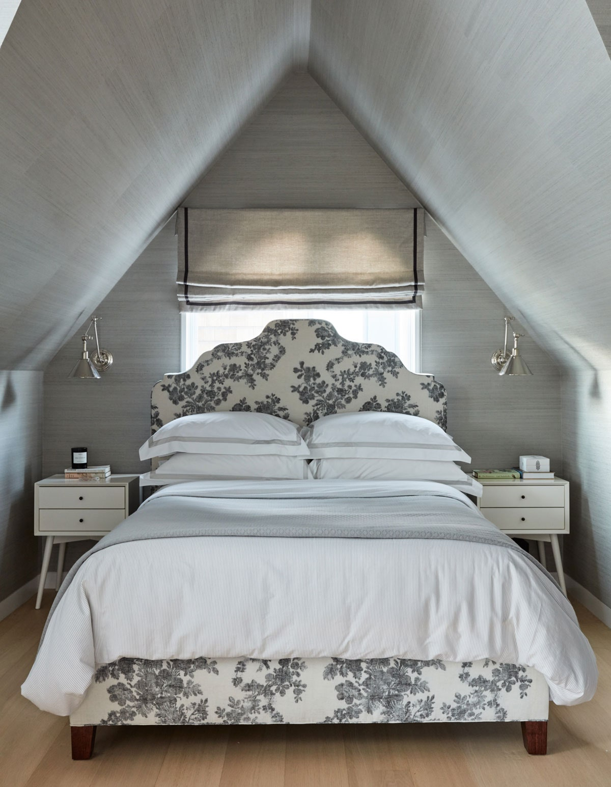 Little things you can do to redecorate your bedroom