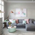New York interior design living room examples with sleek, modern looks