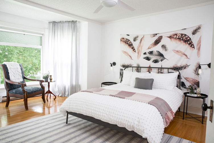 Proof that a small bedroom interior can look great