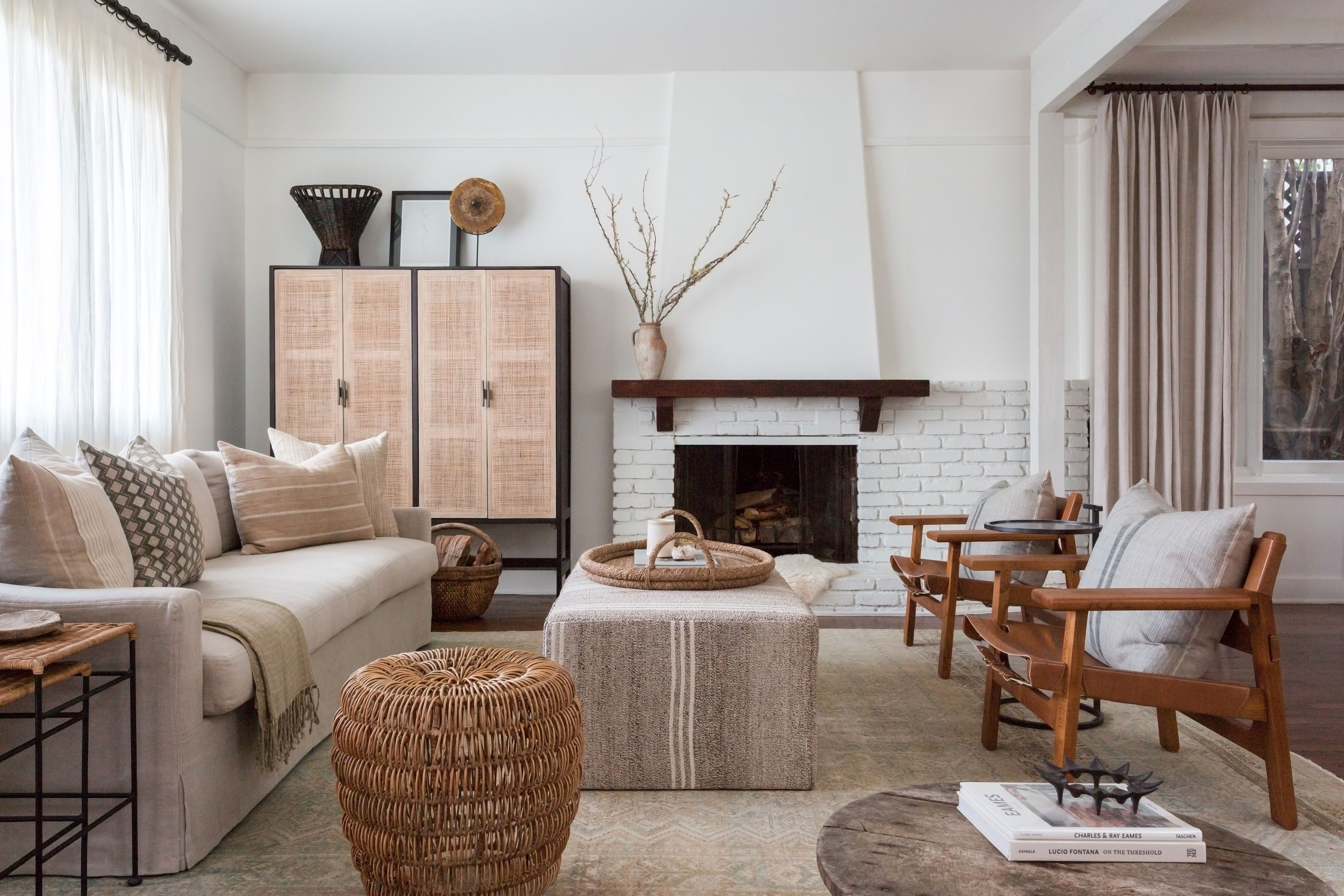 Secrets for creating a chic family room