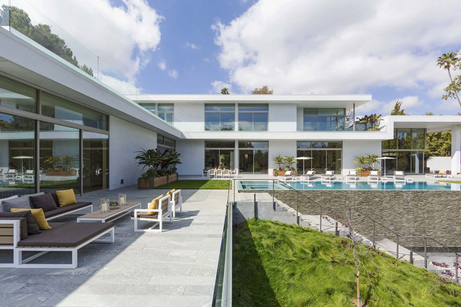 Spectacular Los Angeles property designed by Quinn Architects
