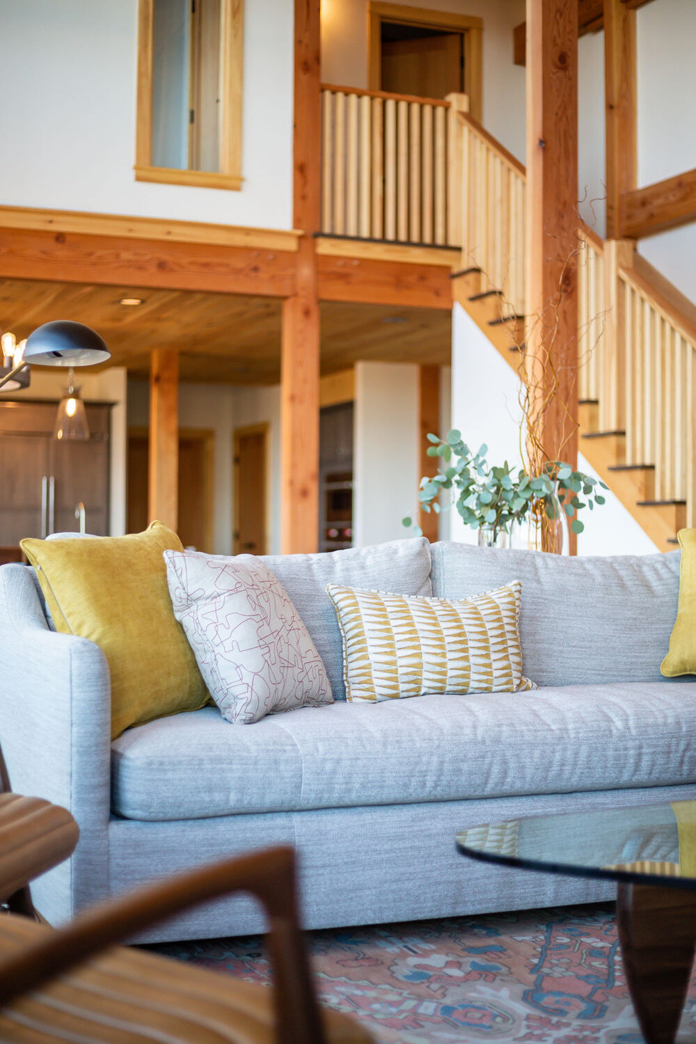 Squam Residence – traditional exterior and modern furnishings
