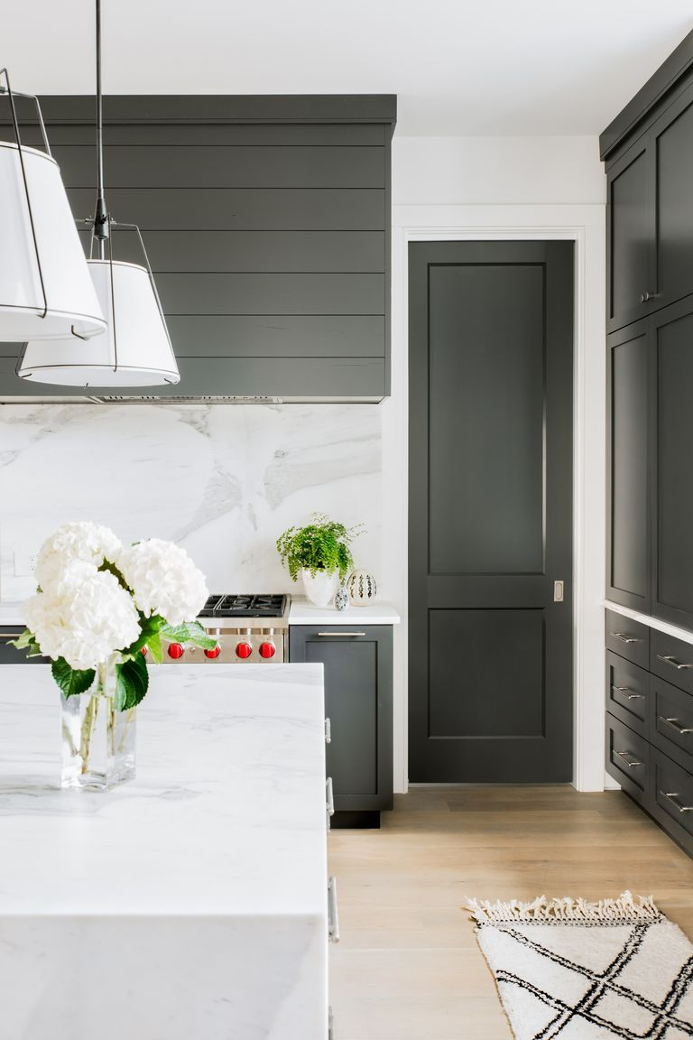 This collection of good kitchen furnishings will inspire you