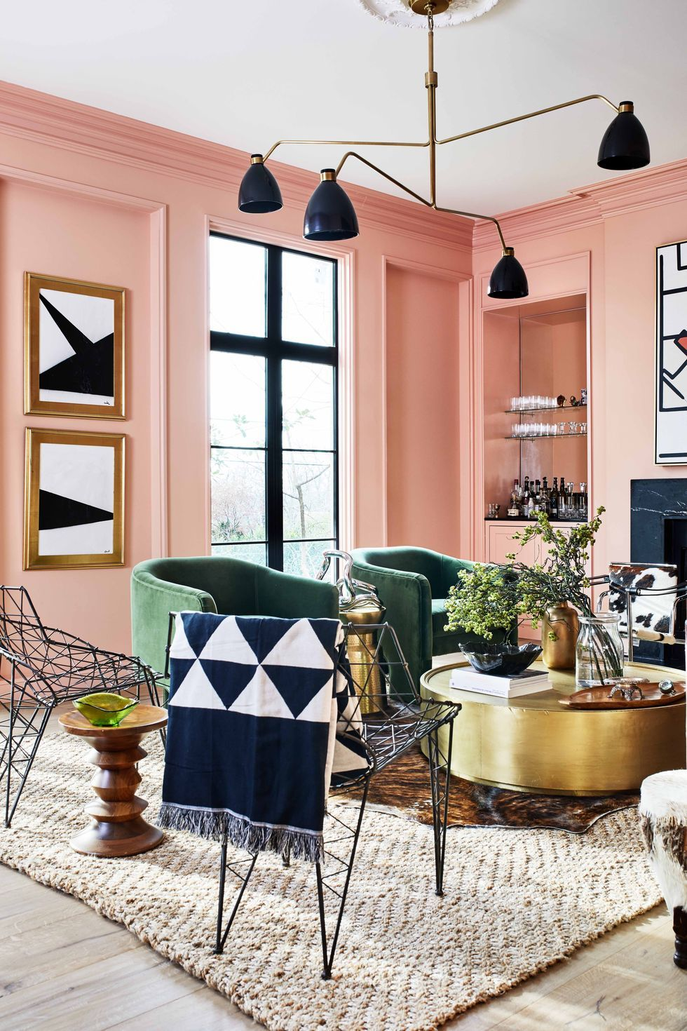 Use the peach color to decorate amazing interiors