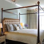 What is a coverlet: definition, tips and examples