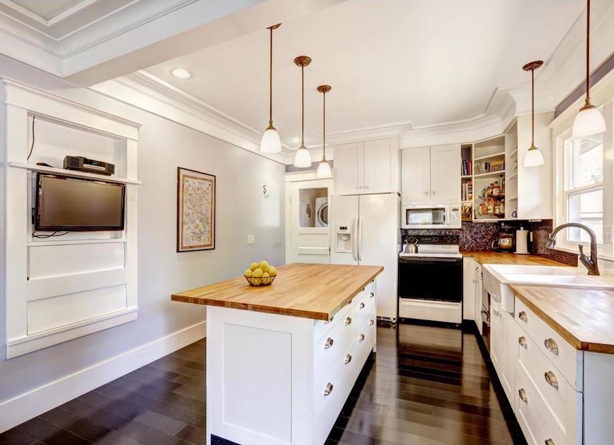 Wood worktops: Solid, rustic, natural kitchen counters