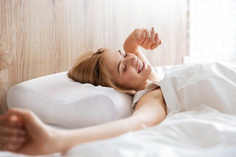 Contour pillow gives your head proper rest