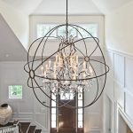 How to choose the right chandeliers in the foyer?