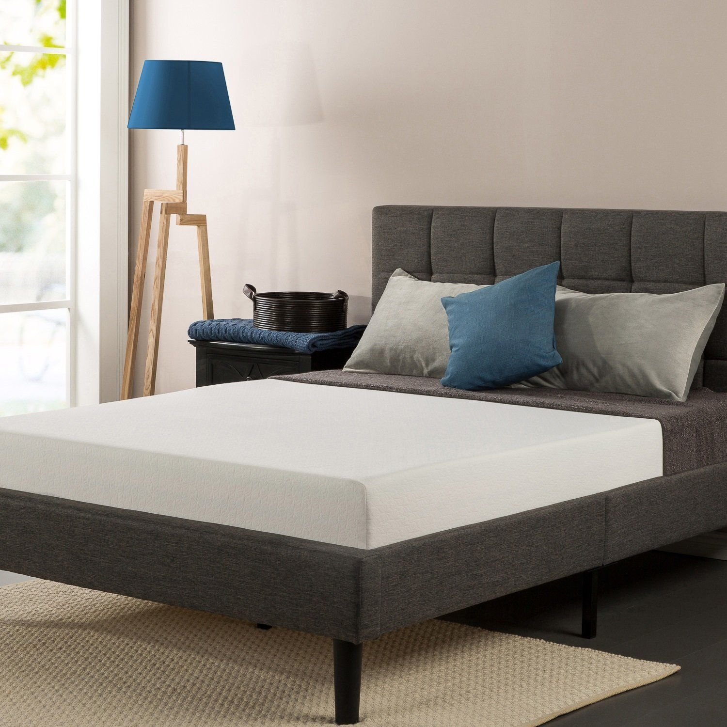 Sleep with ease and comfort on a full bed
